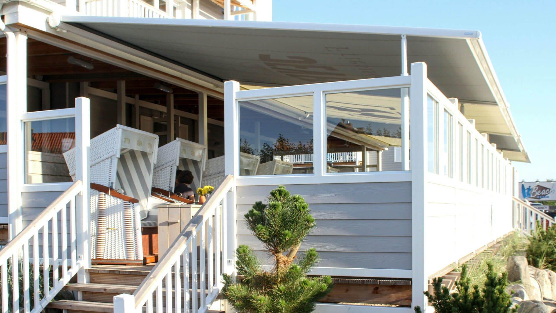 Markilux pergola 110-210 hotel de playa